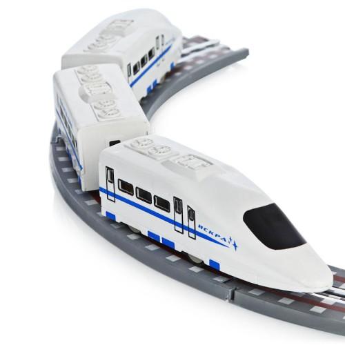 """Железная дорога работает от пульта Высокоскоростной локомотив """"ИСКРА"""""""