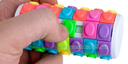 golovolomka-cilindr-svetofor-rotate-slide-puzzle-7-ryadov (1)