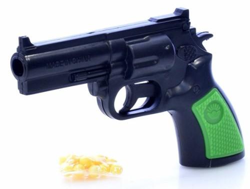 pistolet-revolver-s-pulkami-v-pakete-v-assortimente