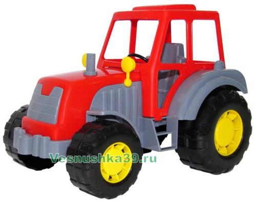traktor-malyj-v-pakete